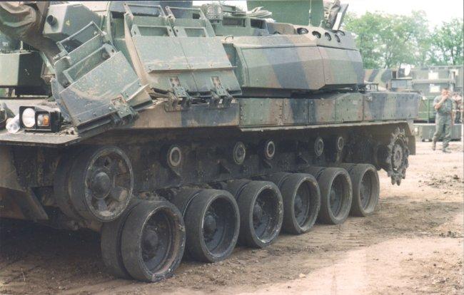 http://armor.kiev.ua/Tanks/Modern/France/Leklerk_7.jpg