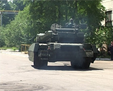 http://armor.kiev.ua/Tanks/Modern/T84/oplotm/oplot_m_18.jpg