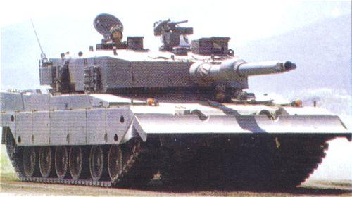Основной боевой танк Тип-90