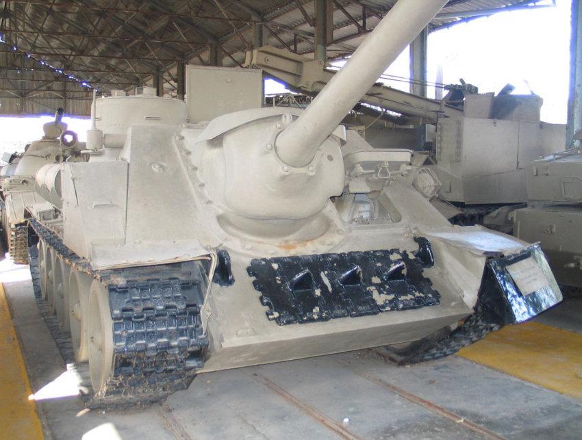Под Мариуполем украинские воины уничтожили вражеский танк и пятерых террористов, - штаб обороны города - Цензор.НЕТ 7728