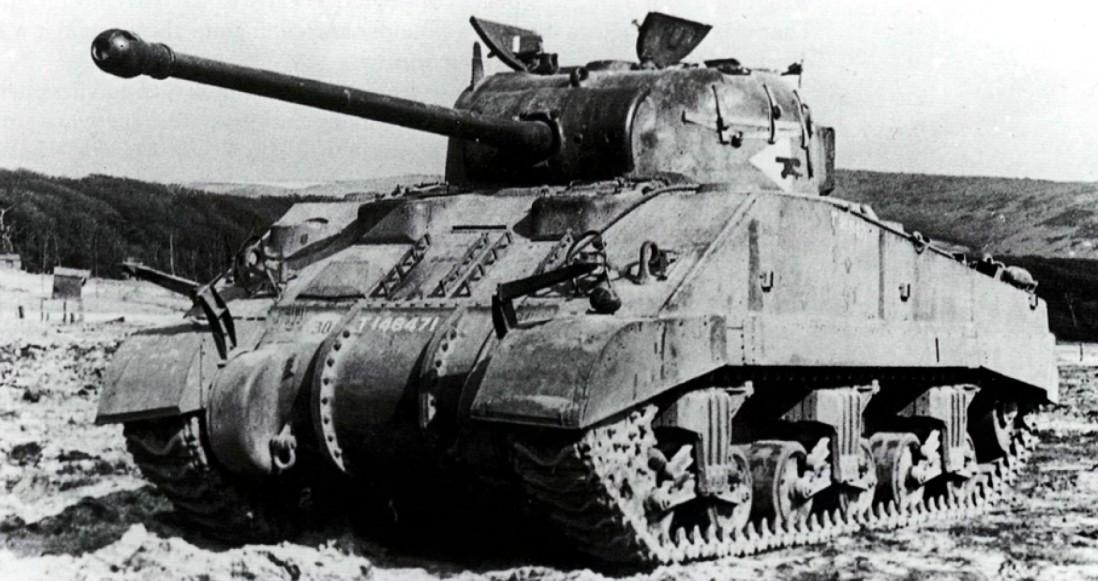 http://armor.kiev.ua/Tanks/WWII/Sherman/mk20185/img13.jpg