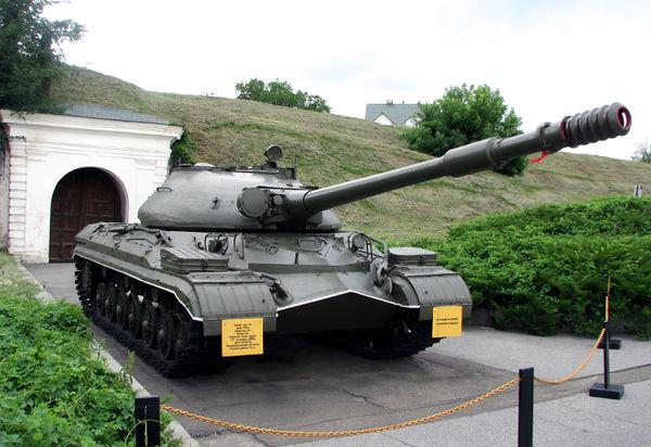 На супертест ушла новая машина: объект 268 вариант 5 это пт-сау на базе танка т-10 (ис-8) с установленным